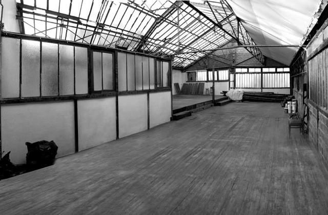 Intérieur-Jour Paris studio photos atelier artiste location industriel  patine béton parquet verrière lumière naturelle
